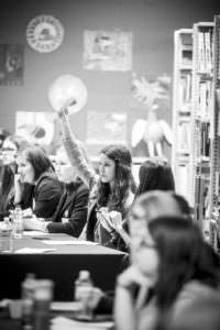 Intéresser les jeunes à la politique municipale? C'est possible!